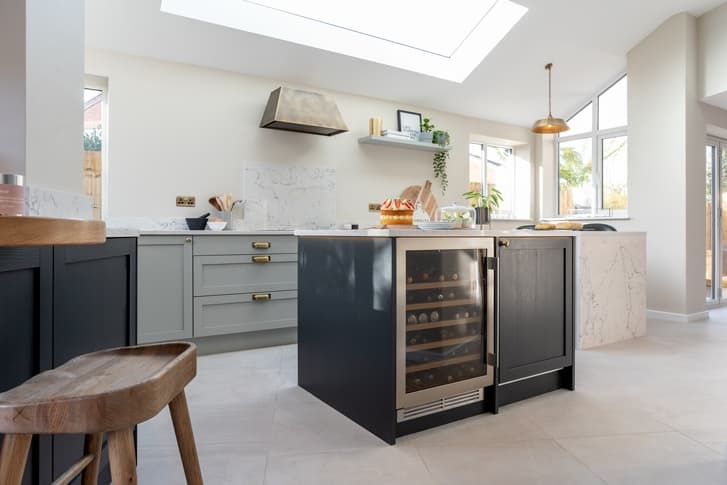 shaker Croft kitchen with closed wine cooler